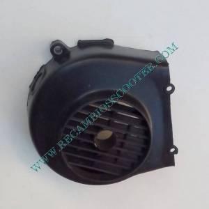 https://www.recambiosscooter.com/1402-thickbox/tapa-ventilador-scooter-125-cc.jpg