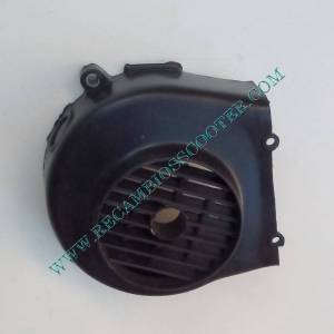 https://www.recambiosscooter.com/1402-thickbox/tapa-ventilador-scooter-49-cc-4t.jpg