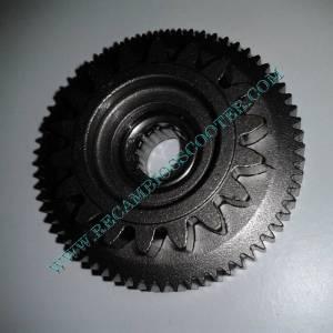 https://www.recambiosscooter.com/425-thickbox/pinon-intermedio-arranque-scooter-49-cc-con-motor-de-2-tiempos.jpg