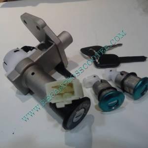 https://www.recambiosscooter.com/520-thickbox/kit-cerraduras-jonway-125-aiyumo-nassau-y-otras-marcas-con-el-mismo-aspecto.jpg