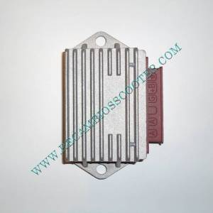 http://www.recambiosscooter.com/599-thickbox/regulador-piaggio-de-5-pines-conector-de-6.jpg