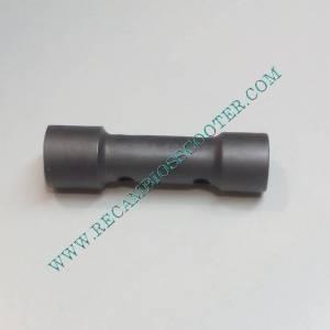 http://www.recambiosscooter.com/963-thickbox/llave-bujia-scooter-con-motor-de-4-tiempos.jpg